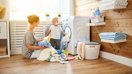 lapsed, majapidamistööd